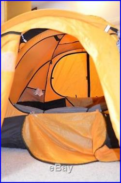 The North Face Mountain 4-Season 2-Person Tent withFootprint, Excellent Condition